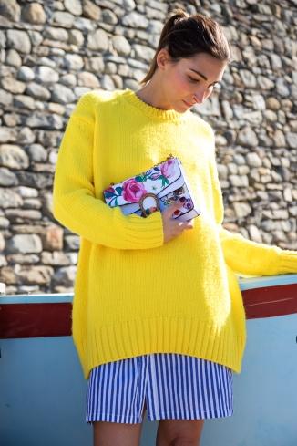 Malia Keana Blog Oversized Sweater Gucci Bag Stripes