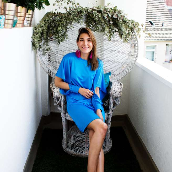 Malia Keana Blog Styling blue dress hibiscus