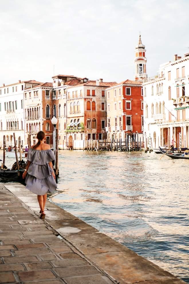 Ruffle Gingham look Venice Malia Keana